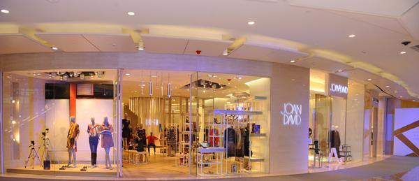 欧式服装商场走廊