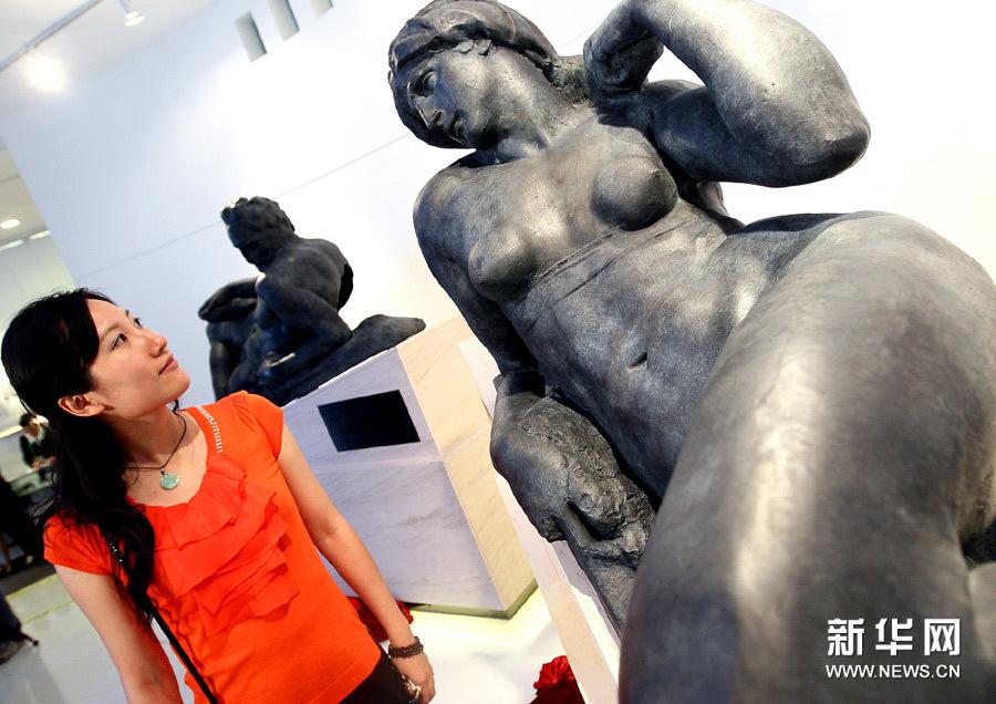 米开朗基罗雕塑作品落户中国