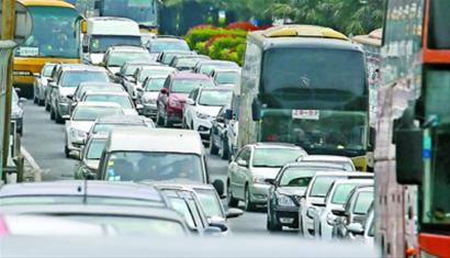 清明 高速公路实行小客车免费通行