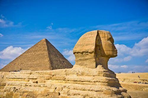 吉萨三大金字塔
