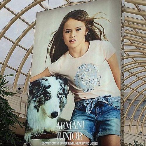 """9岁俄罗斯""""世界最美小女孩""""最新生活照出炉"""