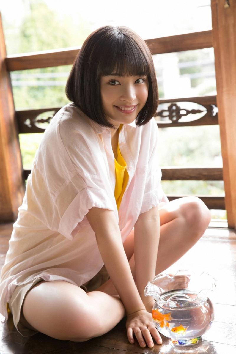 日本17岁氧气女孩清新写真