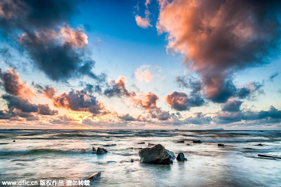 涠洲岛是一座位于广西壮族自治区北海市南方北部湾海域的海岛,是中国