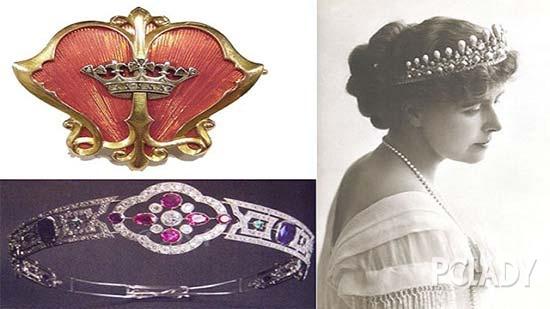 導語:珠寶始終有著獨特的魔力,紅寶石的高貴、藍寶石的優雅、祖母綠的奢華、鑽石的耀眼,珠寶于女性而言,是終其一生愛不釋手的寶物。(轉載自PCLADY)    讓皇室貴族青睞的珠寶   而皇室女性更可以説是被珠寶圍繞著的一生。代表著至高無上皇權的皇冠,體現品位的項鏈,奢華的鑽戒.