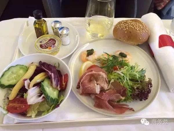 经济舱飞机餐大pk
