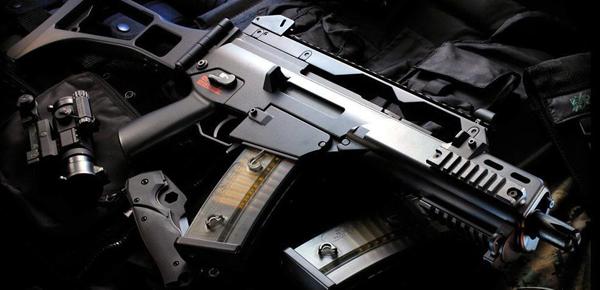 """络购买所谓的""""气枪"""",最终却落了个财货两空的下场.记者从杨浦警"""