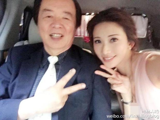 林志玲首度公开幼时与妈妈合照 1岁的她好可爱
