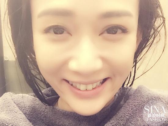 《旋风孝子》中,陈乔恩也是多次素颜出镜