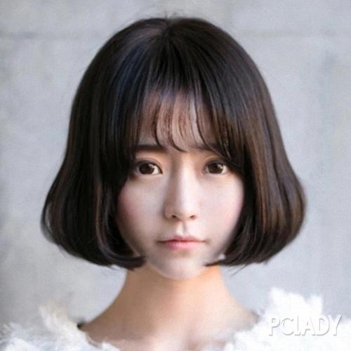 齐刘海怎么设计发型   1,蘑菇头短发齐刘海   夏天很多美眉喜欢剪成