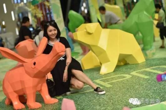 """上海多地变身""""疯狂动物城"""""""