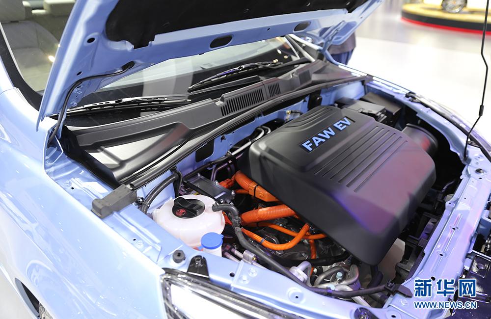 2017上海国际车展开幕 新能源车成热点