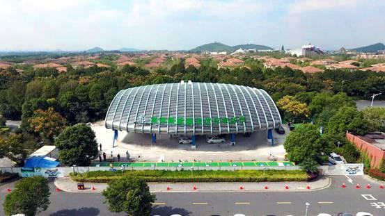 光伏超级新能源汽车充电站今在松江投入运营