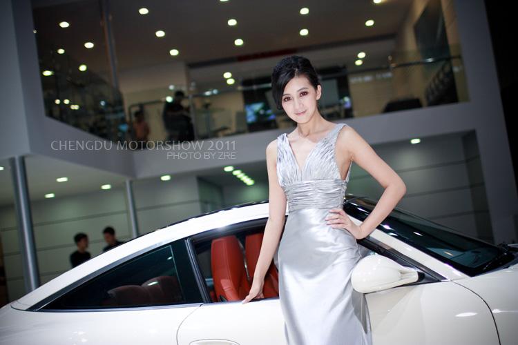 2011成都车展模特+都是气质美女